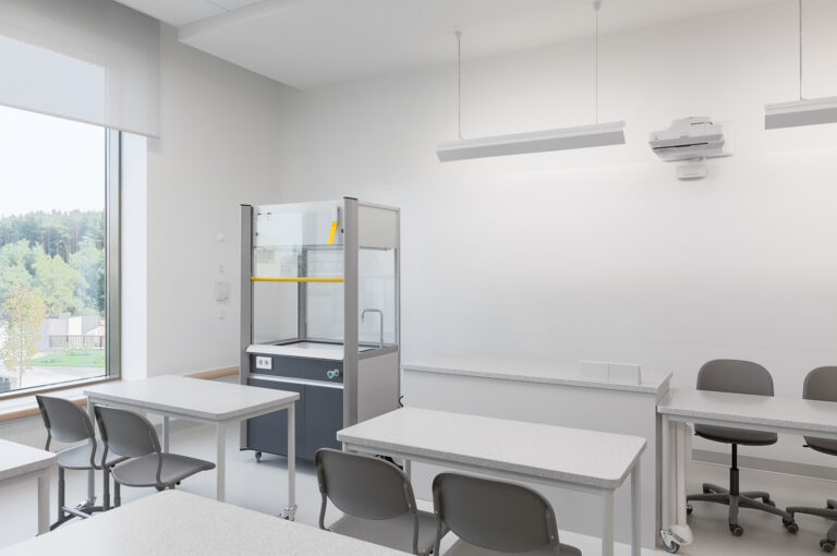 Mobiline Fume Cupboard at Letovo School