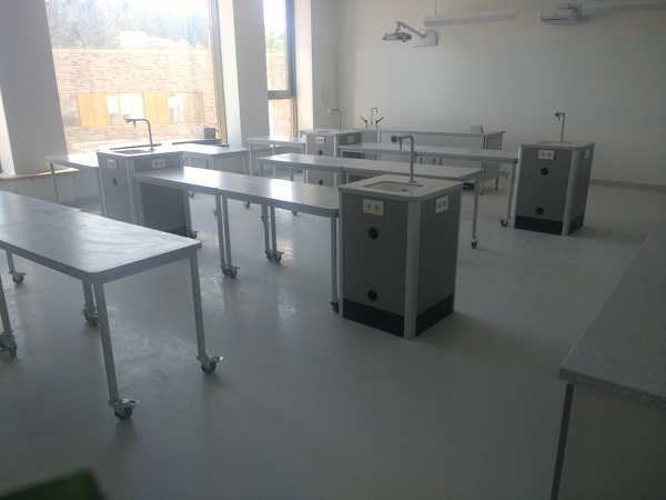 Science laboratories Letovo School